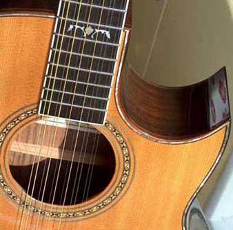 >吉他音乐史         十二弦吉他的琴体结构和六弦吉他类似,共鸣箱较